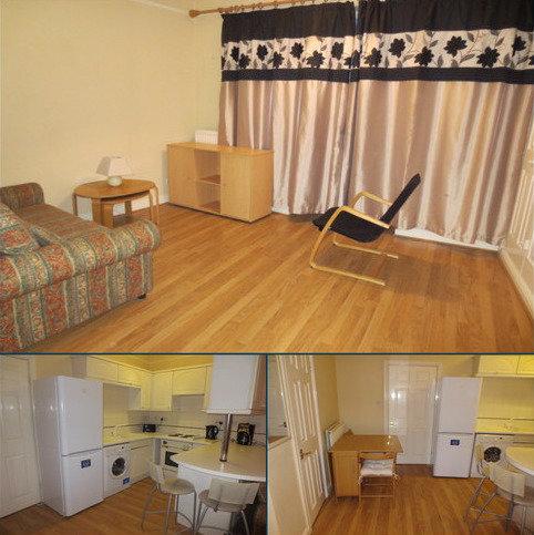 Studio to rent - William Jessop Court, Piccadilly Village