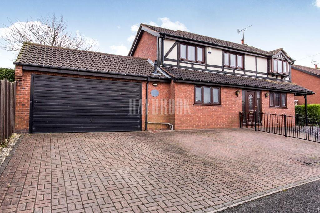 4 Bedrooms Detached House for sale in Ridgeway, Clowne