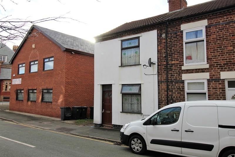 2 Bedrooms Terraced House for sale in South Road, Weston Point, Runcorn, Cheshire. WA7 4EY