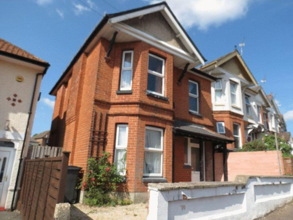 5 Bedrooms Detached House for rent in Acland Road