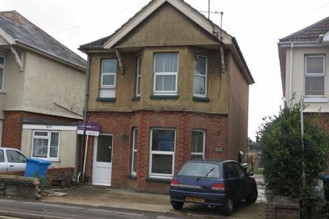 3 bedroom flat to rent - Wallisdown Road