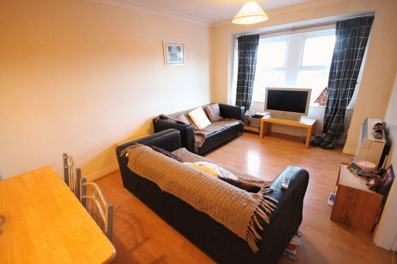 2 Bedrooms Apartment Flat for rent in The Cricketers, Kirkstall