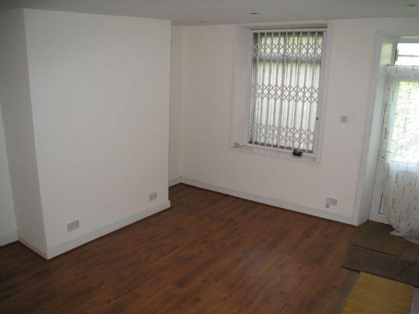 Market Street Whitworth 2 Bed Terraced House To Rent