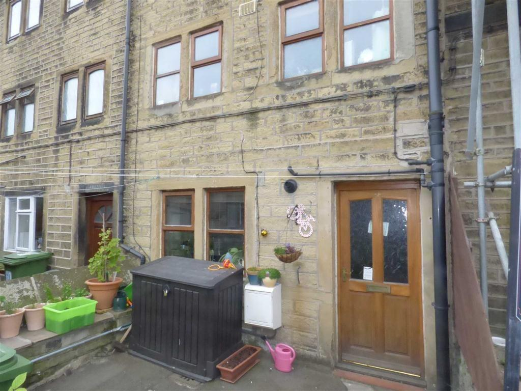 2 Bedrooms Terraced House for sale in Huddersfield Road, Honley, Holmfirth, West Yorkshire, HD9