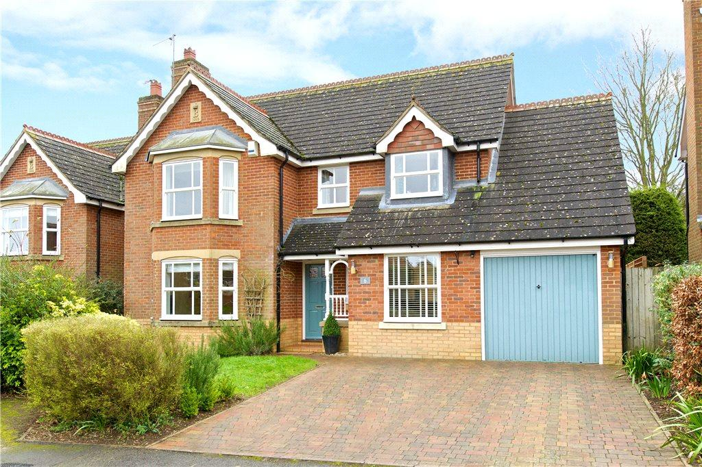 4 Bedrooms Detached House for sale in Timber Lane, Woburn, Milton Keynes, Bedfordshire