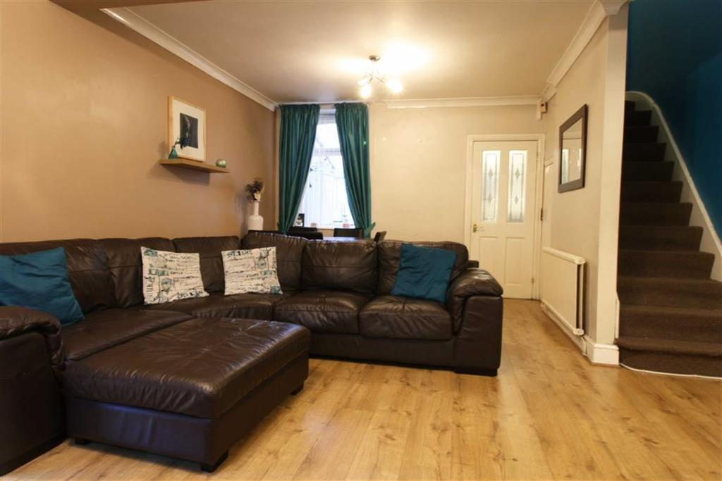3 Bedrooms Terraced House for sale in Hughes Street, Miskin, Mountain Ash