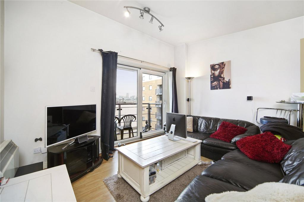 2 Bedrooms Flat for sale in Fishguard Way, London, E16