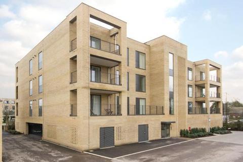 2 bedroom apartment to rent - Seekings Close, Trumpington, Cambridge
