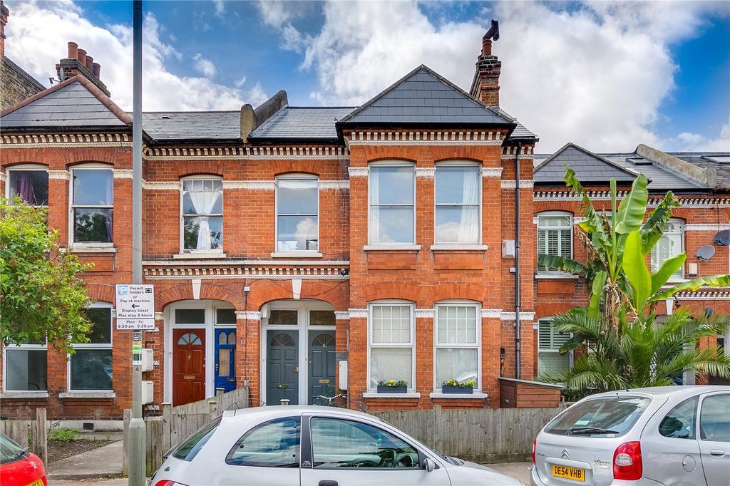 3 Bedrooms Flat for sale in Wix's Lane, Battersea, London