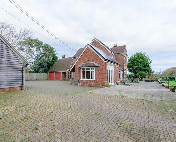4 Bedrooms Farm House Character Property for sale in West Holme Farmhouse