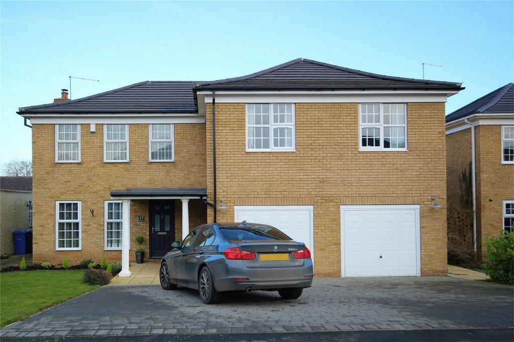 5 Bedrooms Detached House for sale in Highcroft, Cherry Burton, East Riding of Yorkshire