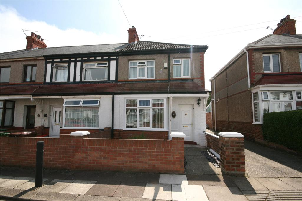 3 Bedrooms End Of Terrace House for sale in Kirmington Gardens, Grimsby, DN34