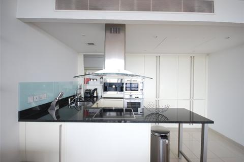1 bedroom flat to rent - West India Quay, 26 Hertsmere Road, London