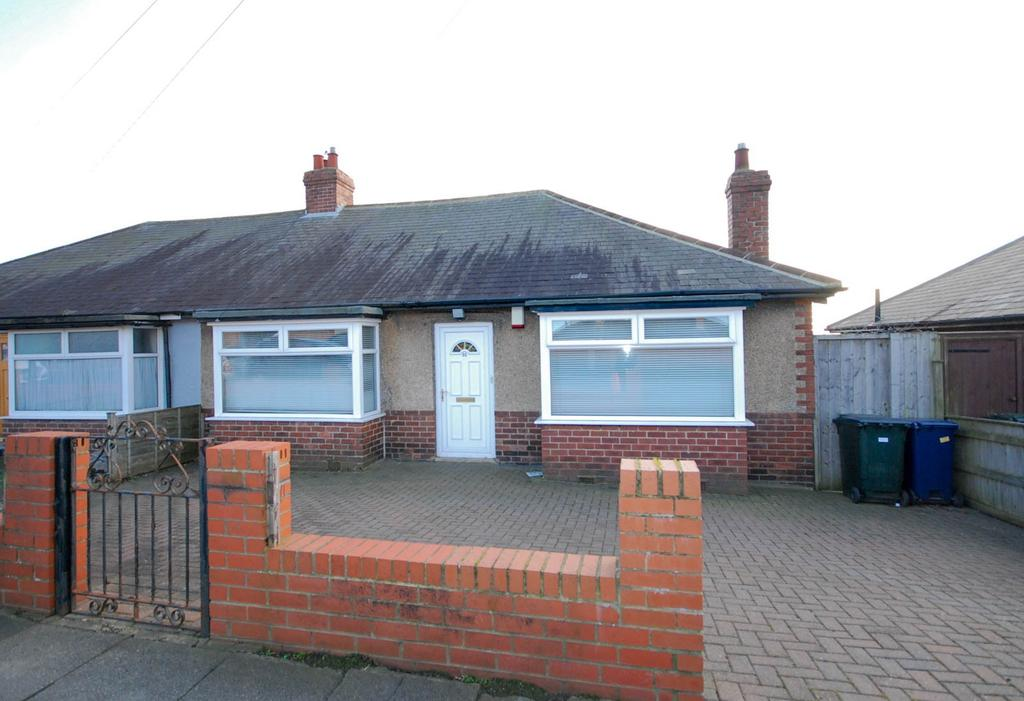 2 Bedrooms Bungalow for sale in Whickham View, Denton Burn