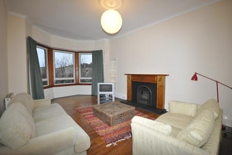 3 bedroom flat to rent - Brownlie Street, Flat 3/2, Mount Florida, Glasgow, G42 9BT