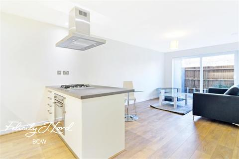 1 bedroom flat to rent - Radcliff Court, E3