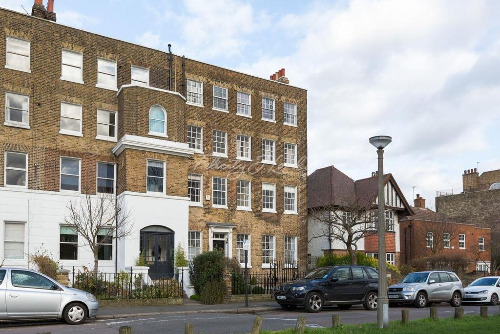 2 Bedrooms Flat for sale in West Grove, Greenwich, London, SE10