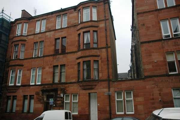 1 Bedroom Flat for sale in 3/2, 30 Westmoreland Street, Govanhill, Glasgow, G42 8LD