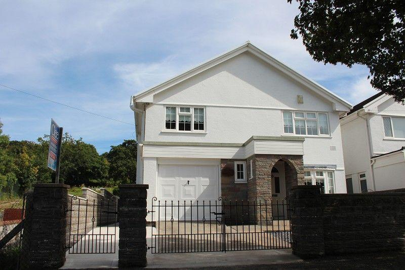 4 Bedrooms Detached House for sale in Birchgrove Road, Birchgrove, Swansea.