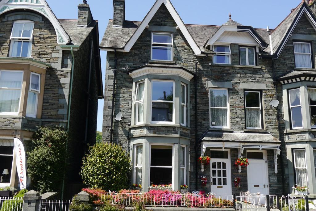 7 Bedrooms End Of Terrace House for sale in Wordsworths, Lake Road, Ambleside LA22 0DB
