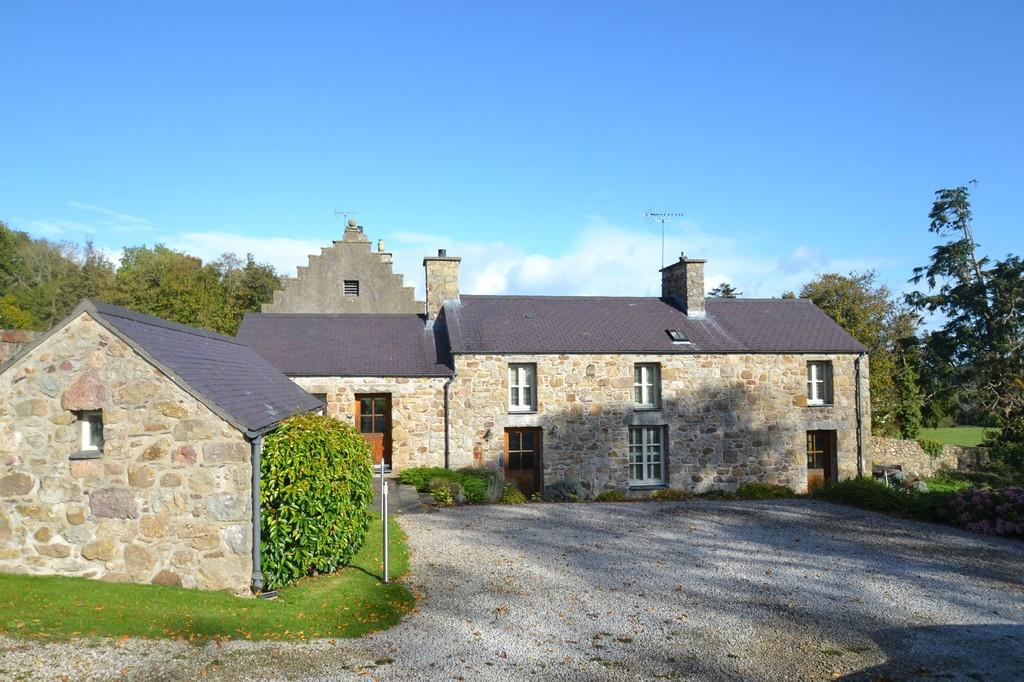3 Bedrooms Cottage House for sale in Mynydd Bodafon, Isle of Anglesey, North Wales