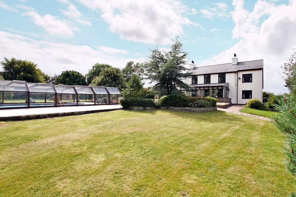 4 Bedrooms Farm House Character Property for sale in Llaneilian, Amlwch, North Wales