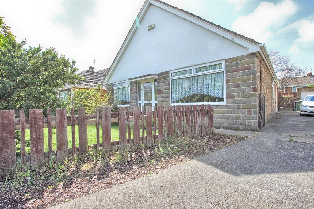 4 Bedrooms Detached Bungalow for sale in West Dyke Road, Redcar