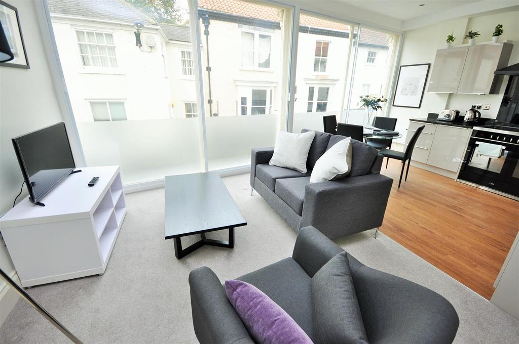 1 Bedroom Apartment Flat for sale in Apt 3,Hunter House, Goodramgate, York (Access Also Off St Andrewgate )