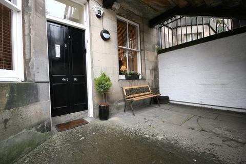 2 bedroom flat to rent - Palmerston Place, Edinburgh