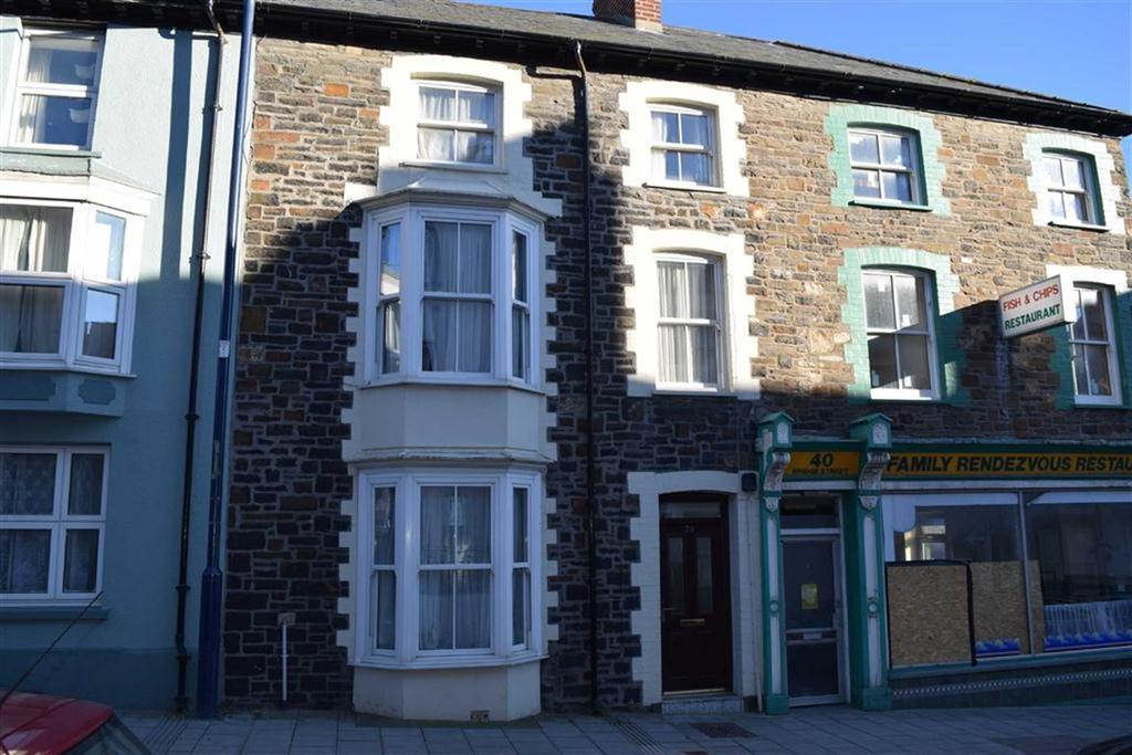 3 Bedrooms Maisonette Flat for sale in Flat 2, 38, Bridge Street, Aberystwyth, Ceredigion, SY23