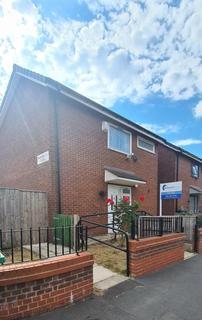 3 bedroom semi-detached house to rent - Wadeson Road, Ardwick