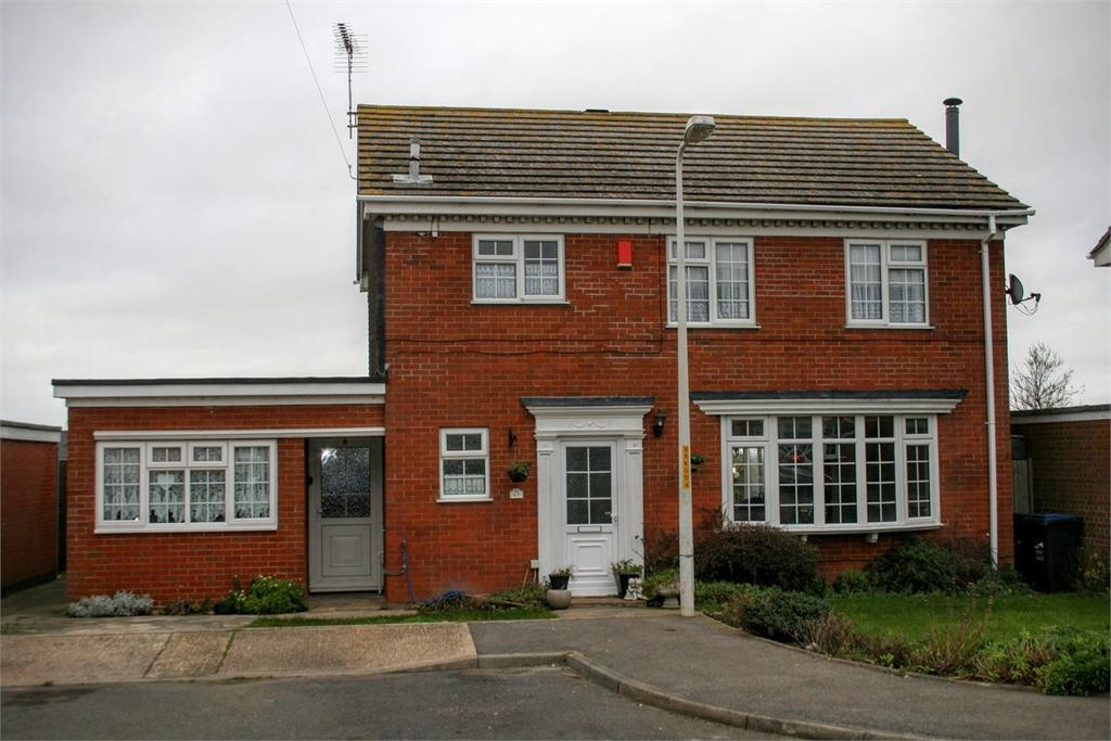 4 Bedrooms Detached House for sale in St Magnus Close, Birchington