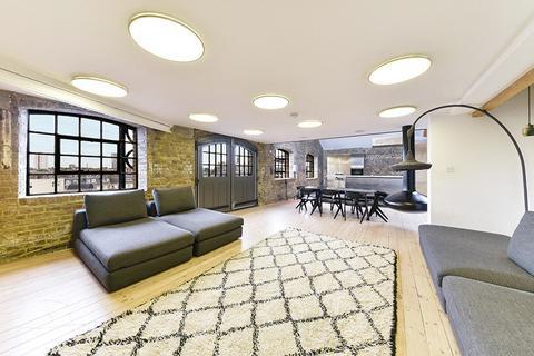2 bedroom flat to rent - Metropolitan Wharf Building, Wapping Wall, Wapping, London, E1W