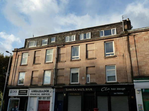 3 Bedrooms Flat for sale in 3/1, 23 Brougham Street, Greenock, PA16 8AB