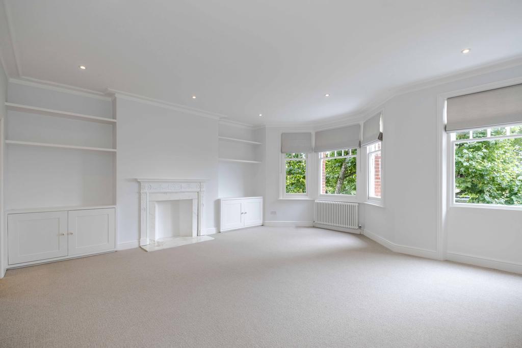 1 Bedroom Flat for sale in Tite Street, London. SW3