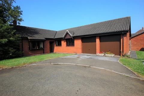 4 bedroom detached bungalow to rent - Dennis Drive, Westminster Park
