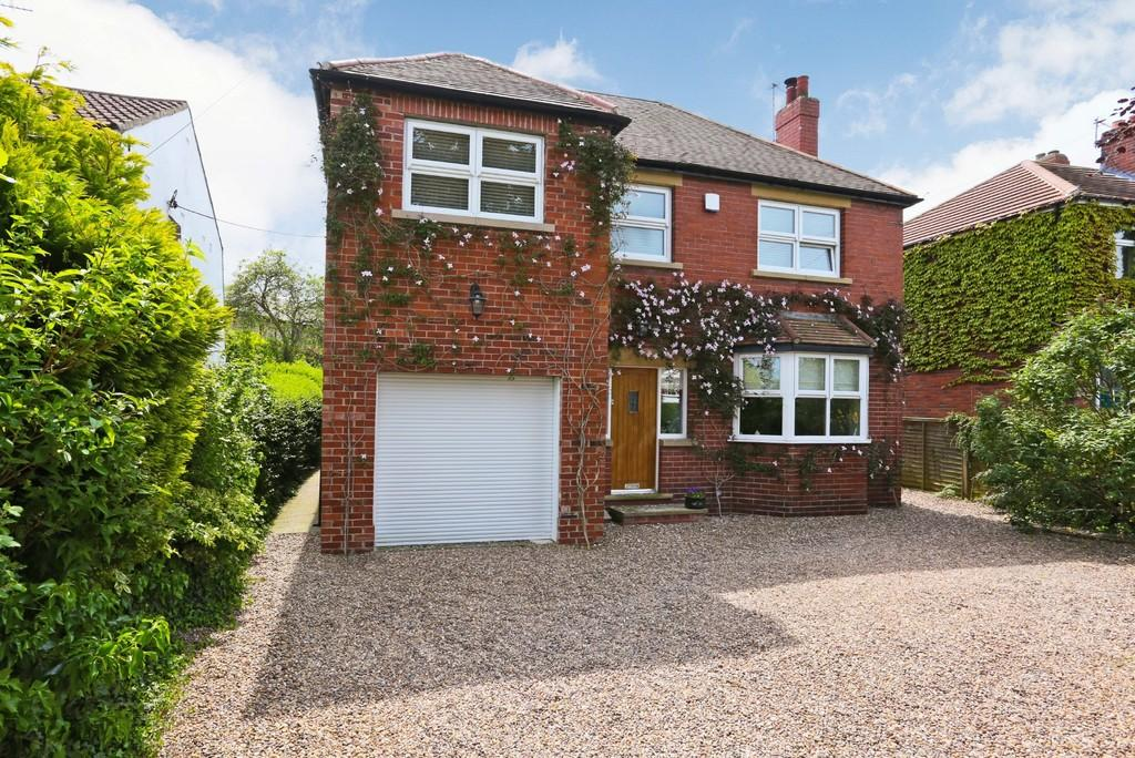 4 Bedrooms Detached House for sale in George Lane, Notton, Wakefield
