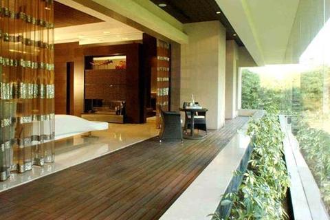 4 bedroom apartment  - Raheja Vivarea, Sane Guruji Marg, Mahalaxmi, Mumbai