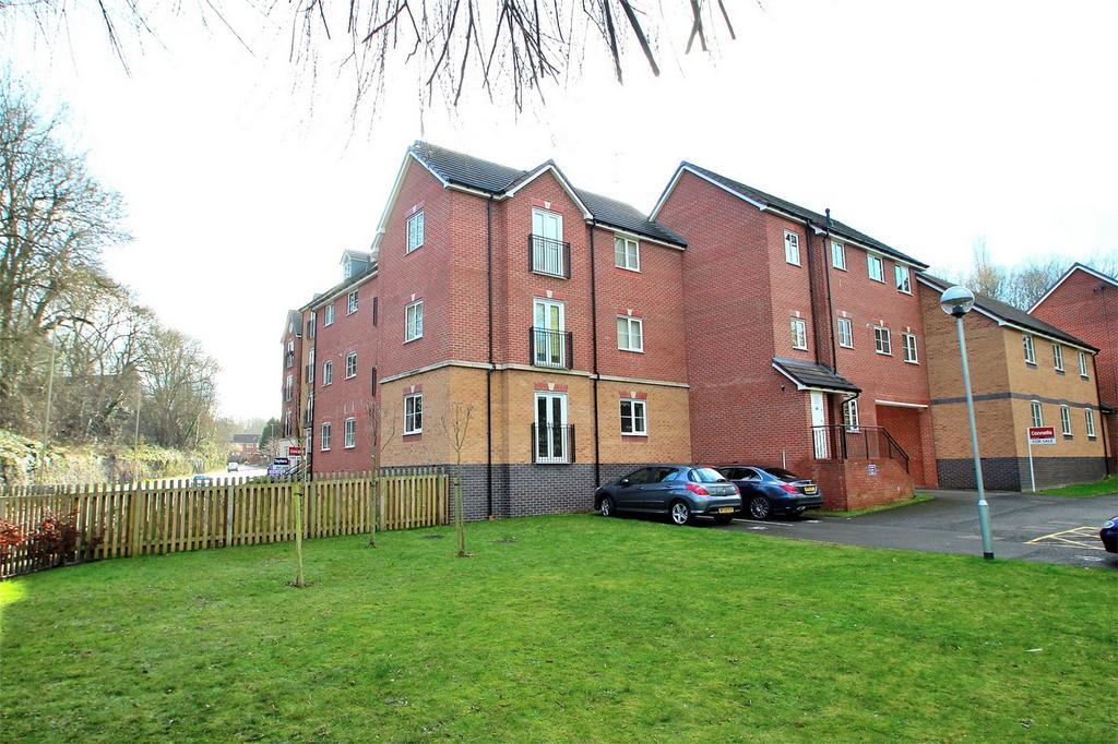 2 Bedrooms Flat for sale in Clancey Way, Belle Vue, HALESOWEN, West Midlands