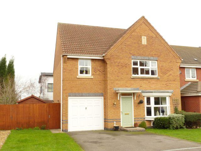 4 Bedrooms Detached House for sale in Moorfields Close,Aldridge,Walsall