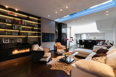 4 bedroom house to rent - Ledbury Road, London, W11