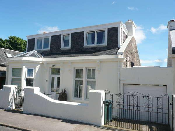 4 Bedrooms Cottage House for sale in Bonahaven, 52 Royal Crescent, Dunoon, PA23 7AQ