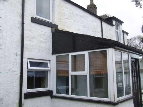 2 Bedrooms Cottage House for sale in 57 Ardbeg Road, Rothesay, Isle Of Bute, PA20 0NL