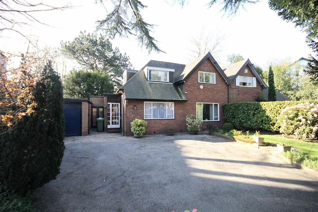 3 Bedrooms Semi Detached House for sale in Woodville Road, Bowdon, Cheshire
