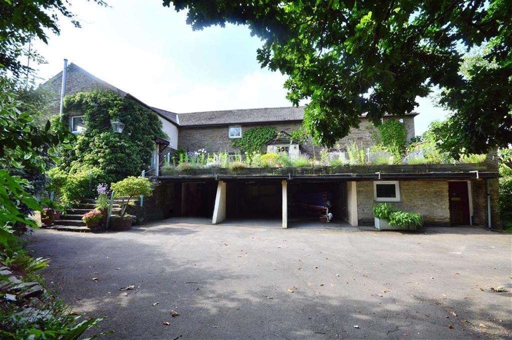 4 Bedrooms Detached House for sale in Frogmore, Kingsbridge, Devon, TQ7