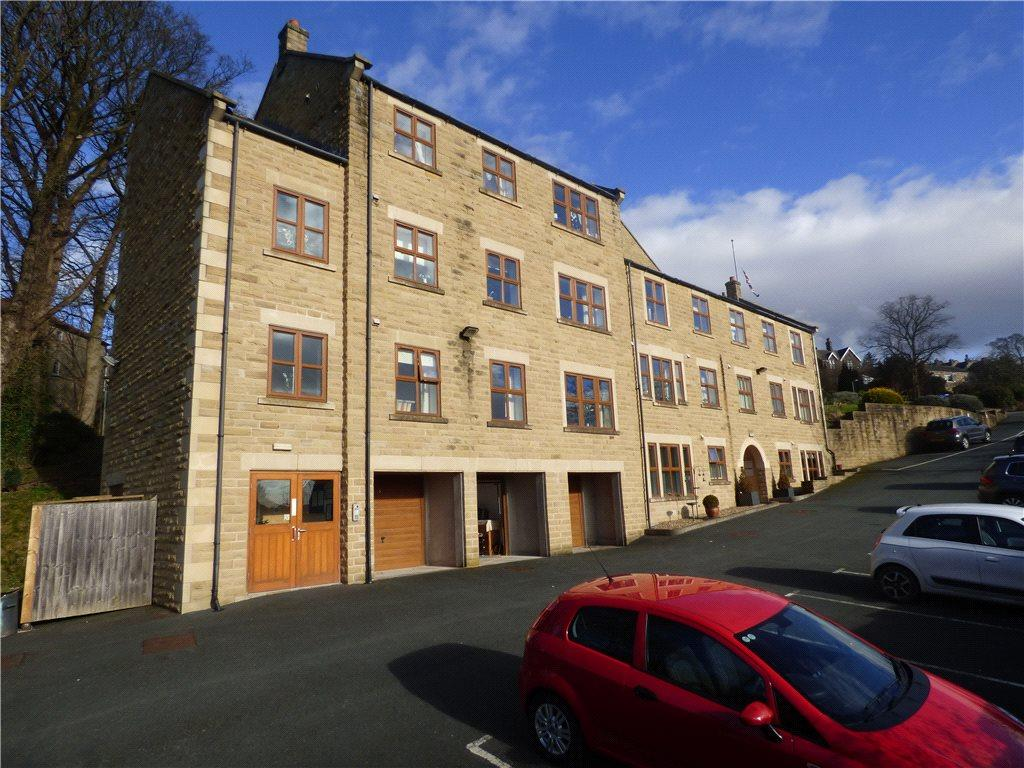 2 Bedrooms Apartment Flat for sale in Apartment 3, Applegarth Gardens, Banks Lane, Keighley