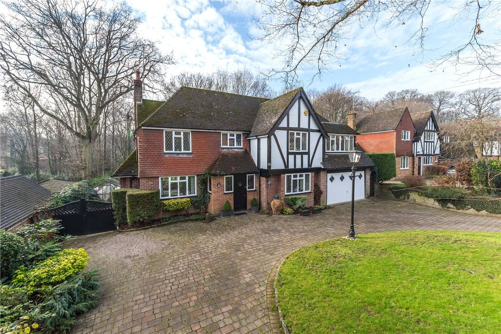 5 Bedrooms Detached House for sale in Bishops Road, Tewin, Welwyn, Hertfordshire