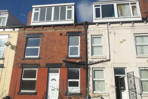 3 bedroom terraced house to rent - Clifton Grove, Harehills