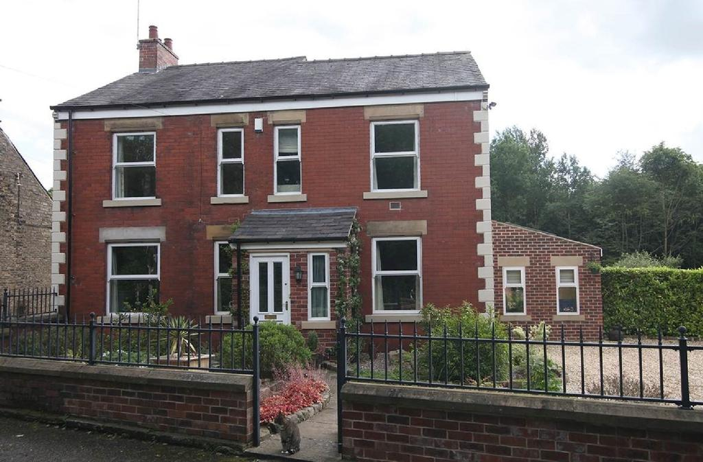 4 Bedrooms Detached House for sale in Mousley Bottom, New Mills
