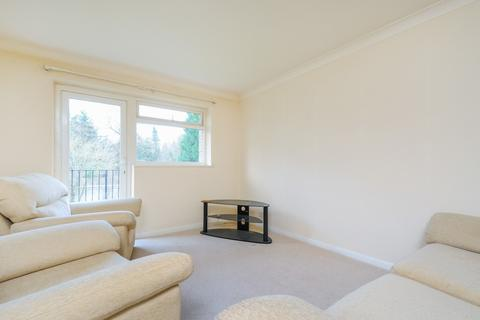 2 bedroom apartment to rent - Nell Court, Lovelace Road, Surbiton, KT6